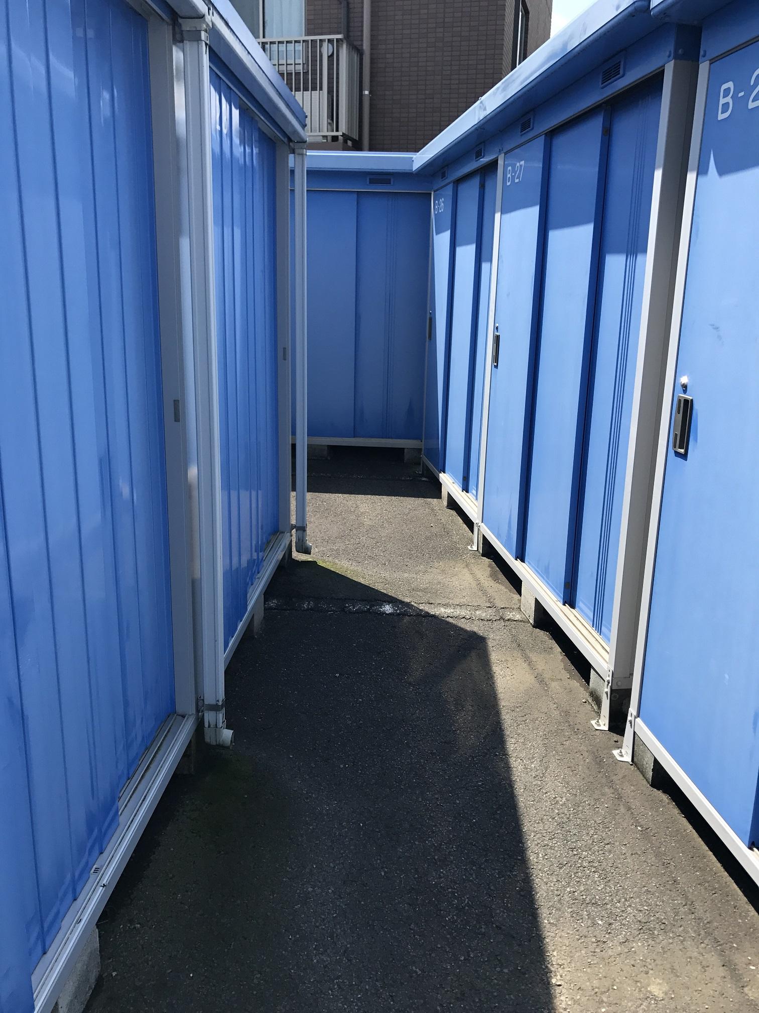 高津諏訪2号店 トランクルームの外観