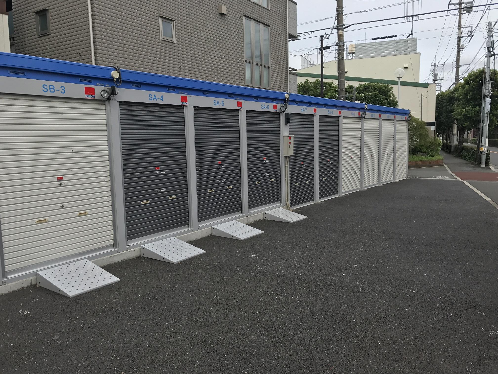 武蔵境店 トランクルームの外観2
