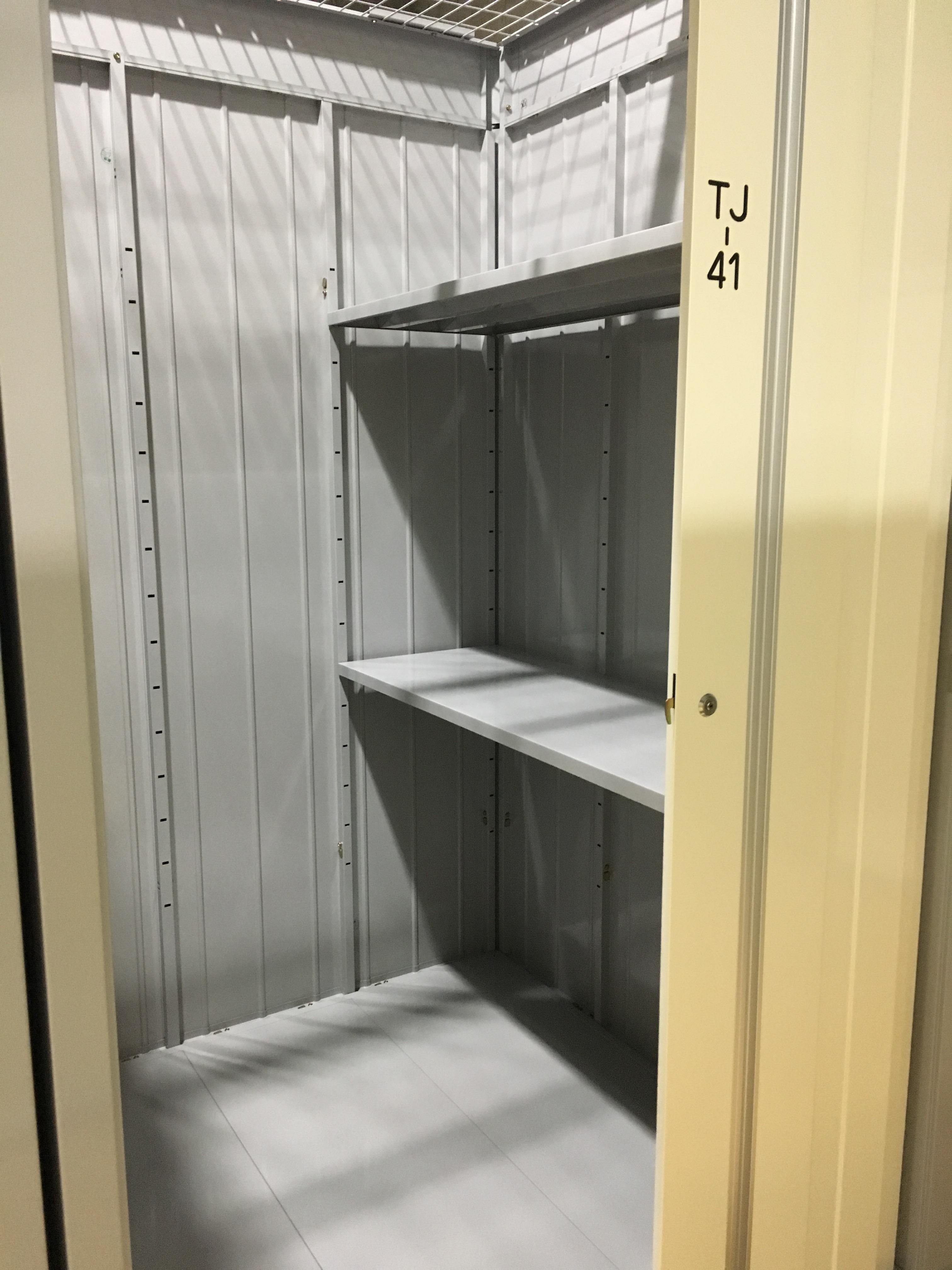 木場店 イナバボックス木場店のトランクルームの内装