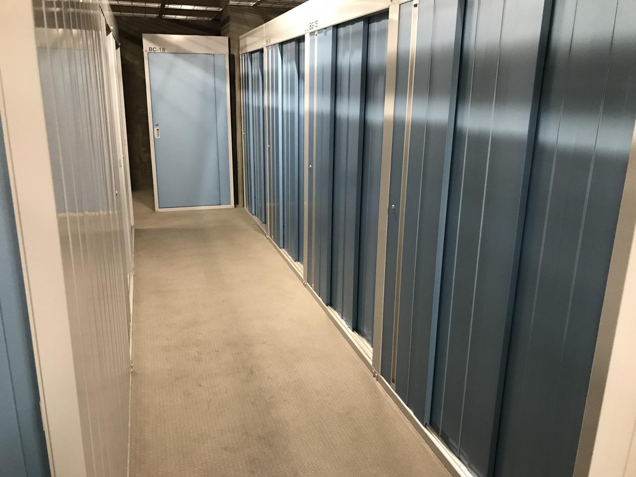 蒲田東口店 蒲田東口店では5階と6階、地下にトランクルームがあります