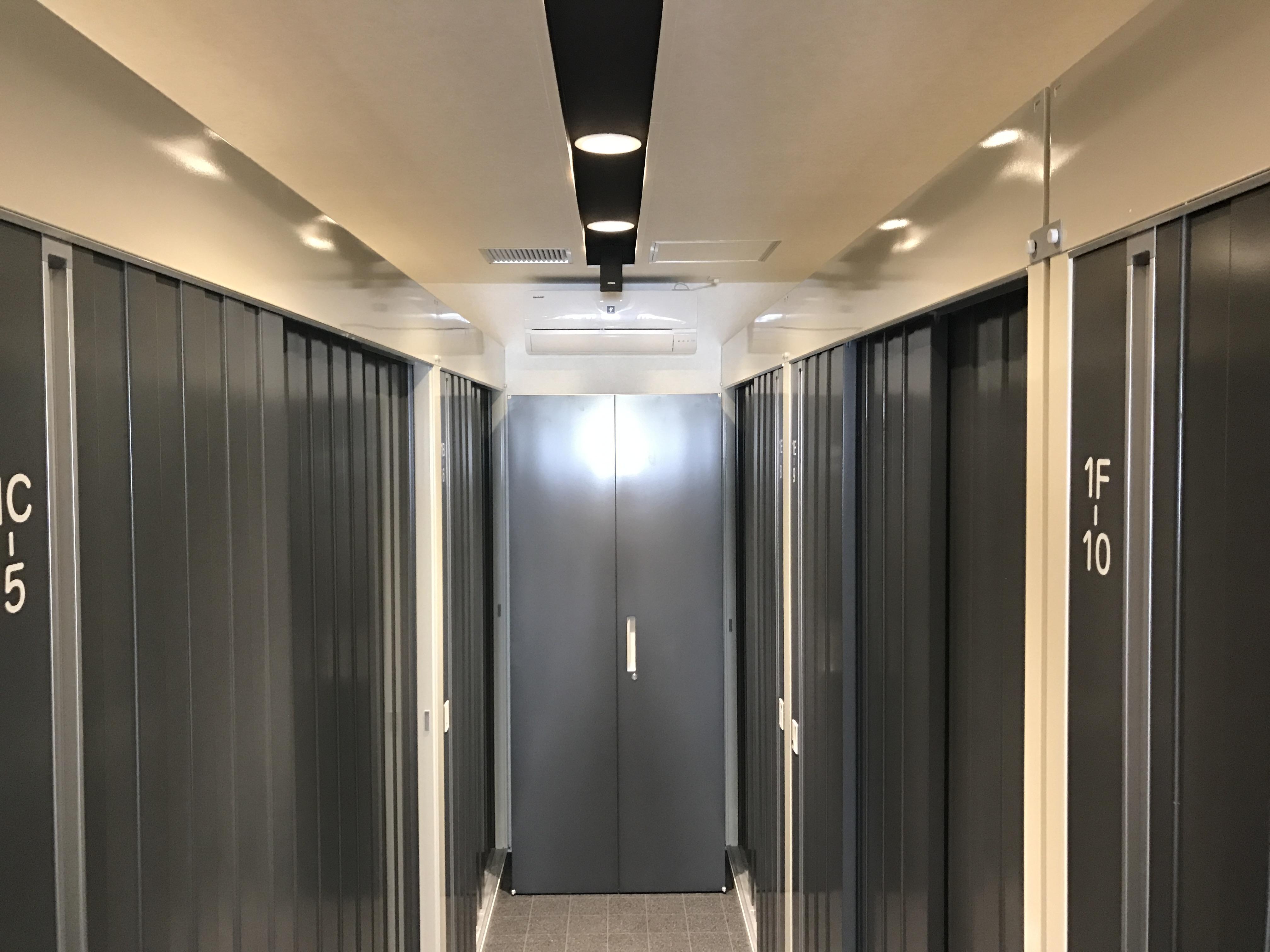 「INABA96」練馬氷川台店 空調設備あり
