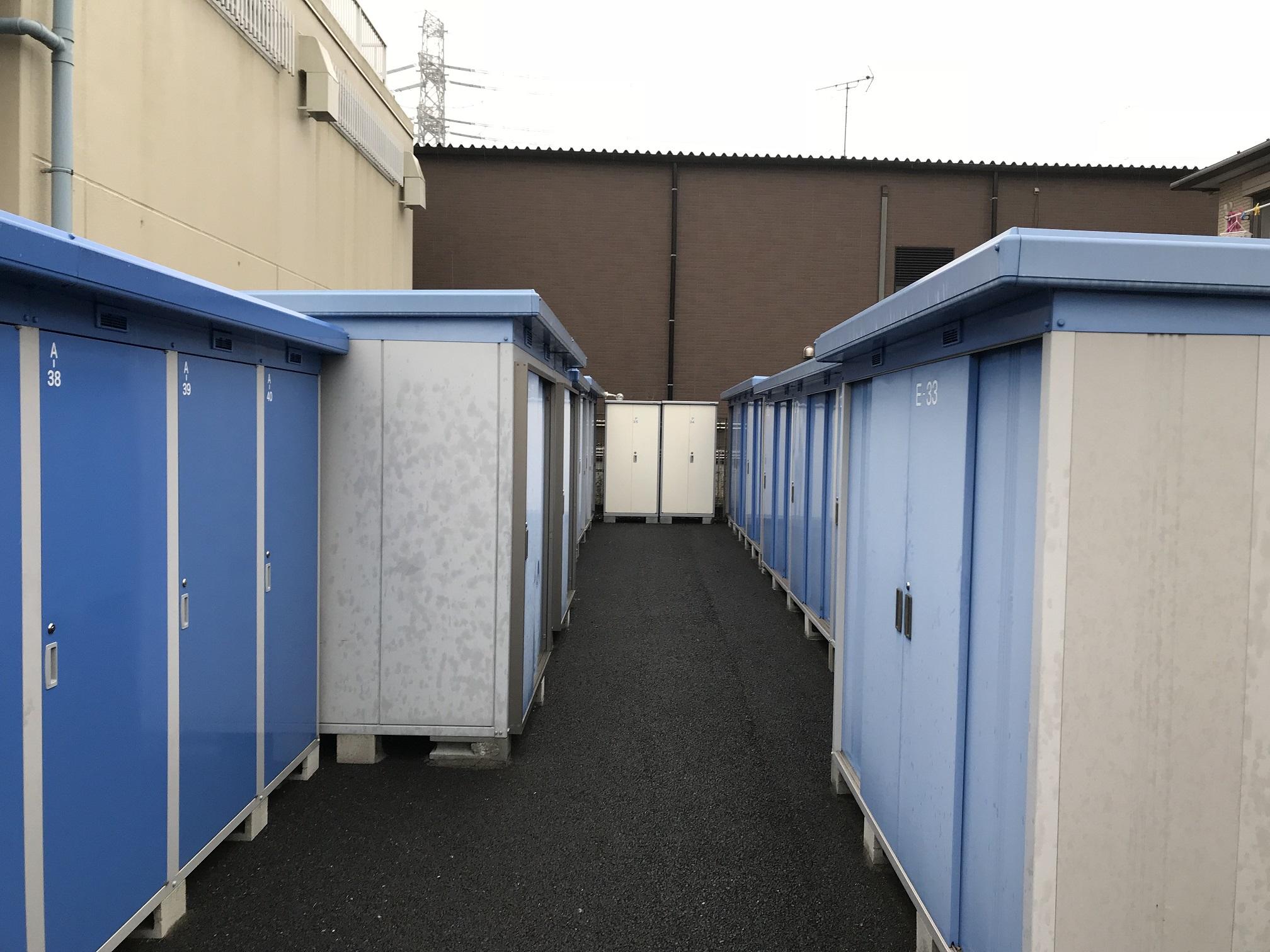 船橋店 トランクルームの外観
