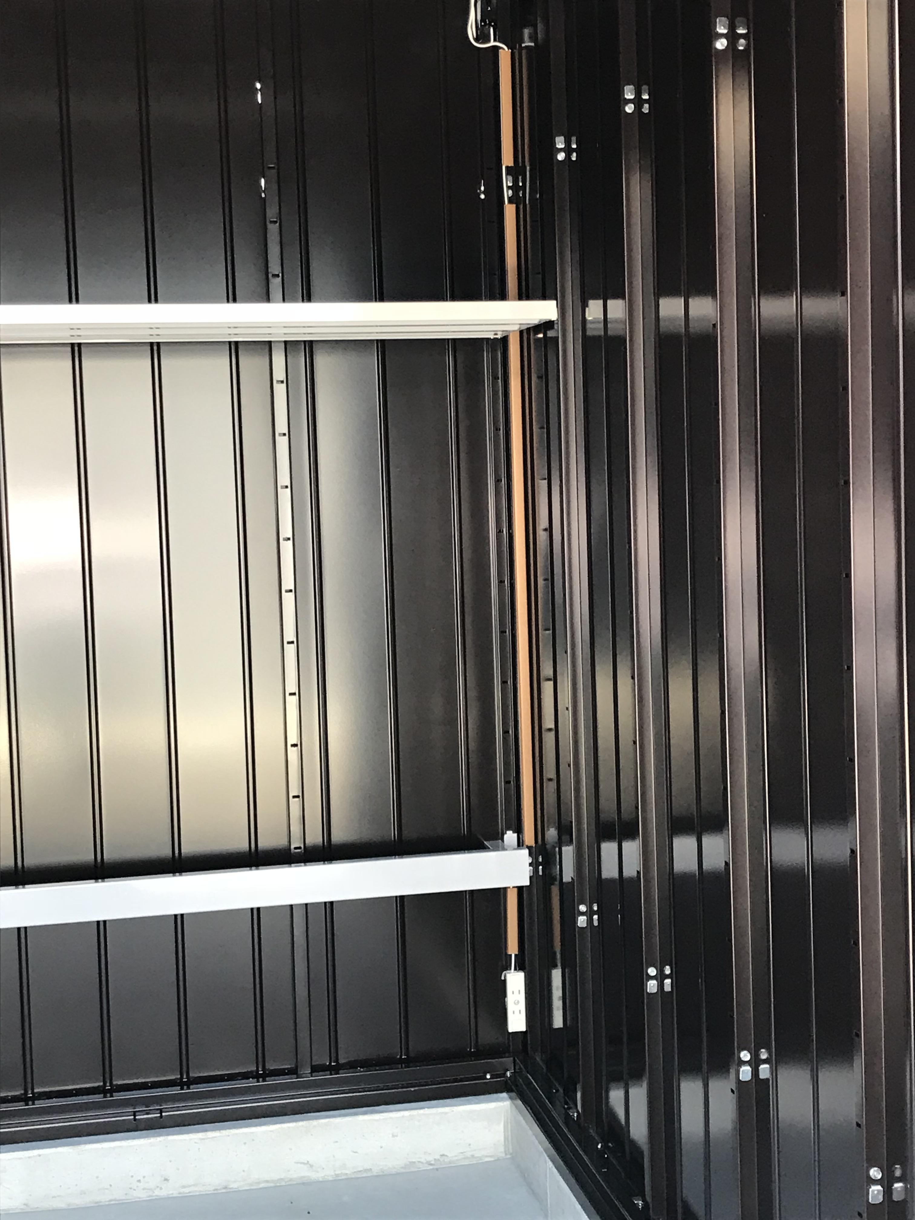 宗像原町店 棚板があるタイプは便利です。