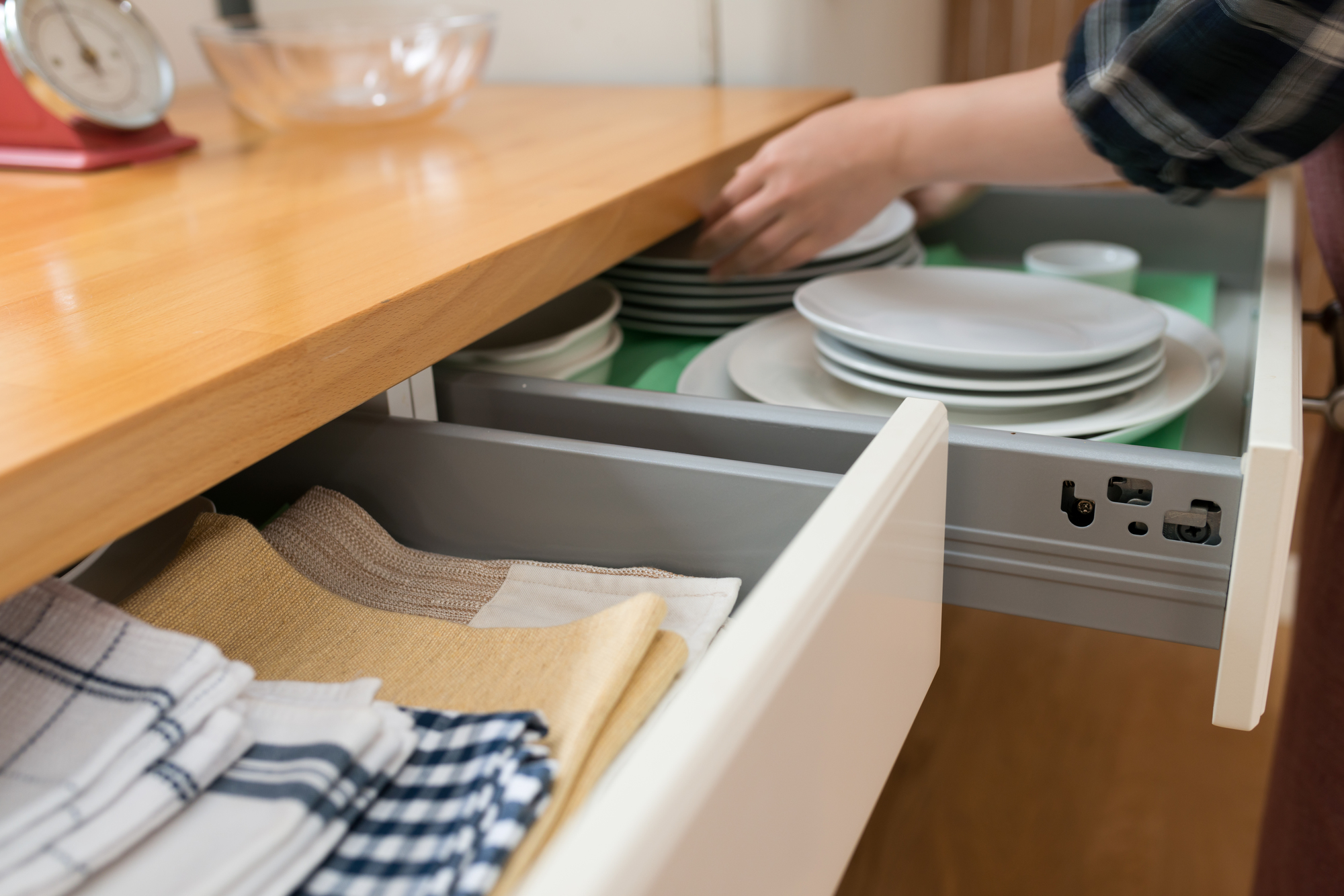 マンションの狭いキッチンでも大丈夫!キッチン用品を上手に収納する方法