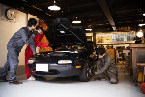 車やバイクのガレージに必要な設備