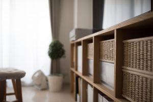 壁面収納を安全に活用するために地震対策をしよう