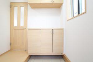狭い玄関にぴったりな収納アイデア集