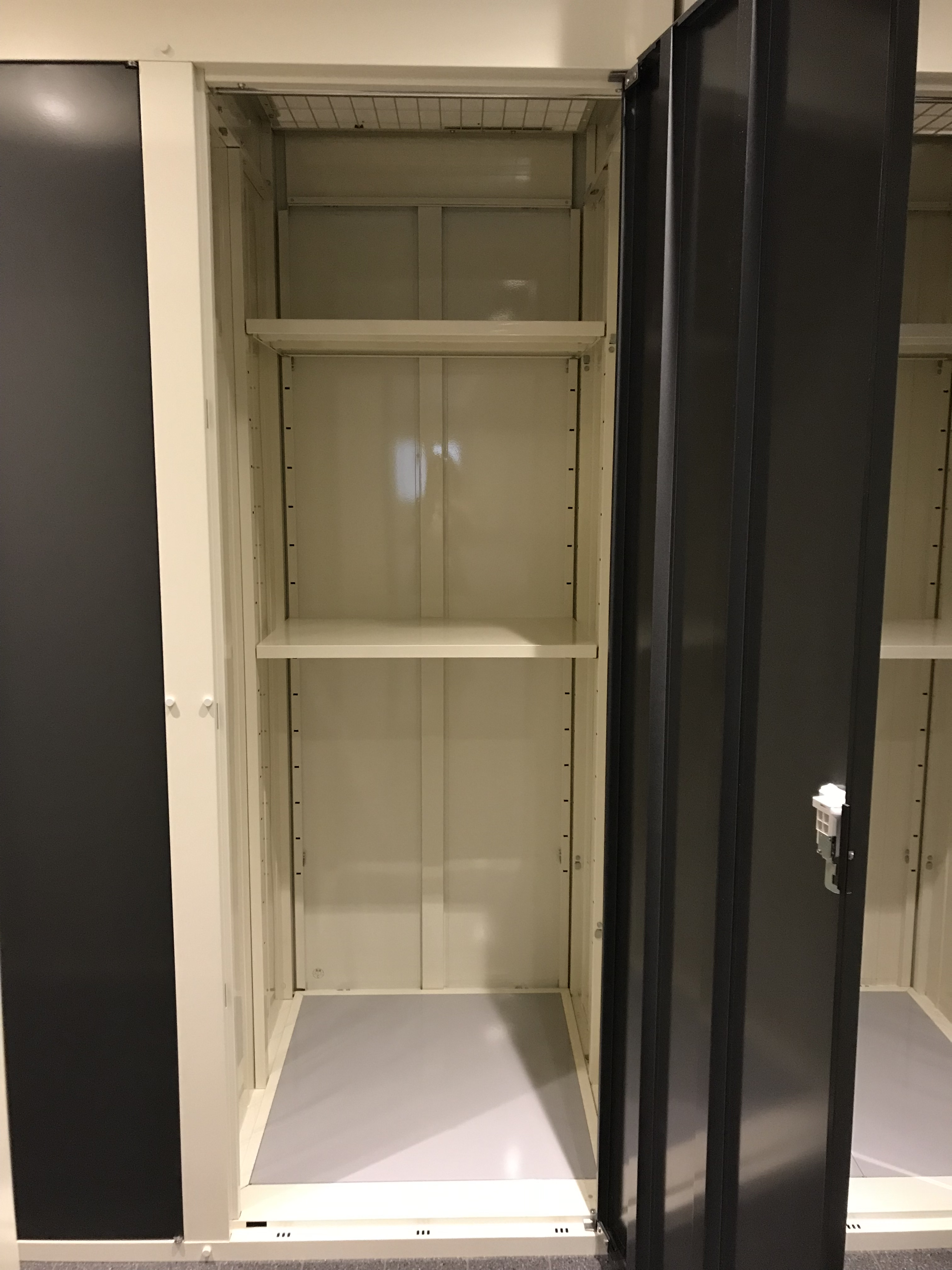 INABA96西保木間店 TCタイプ(0.5畳)(0.82 × 0.95 × 2.34)