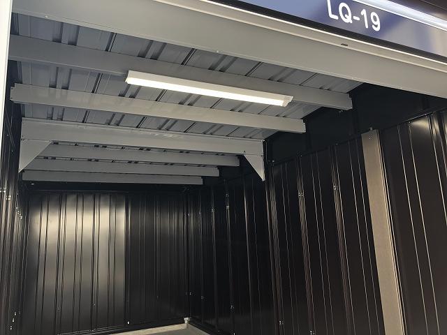 横浜六角橋店 庫内照明