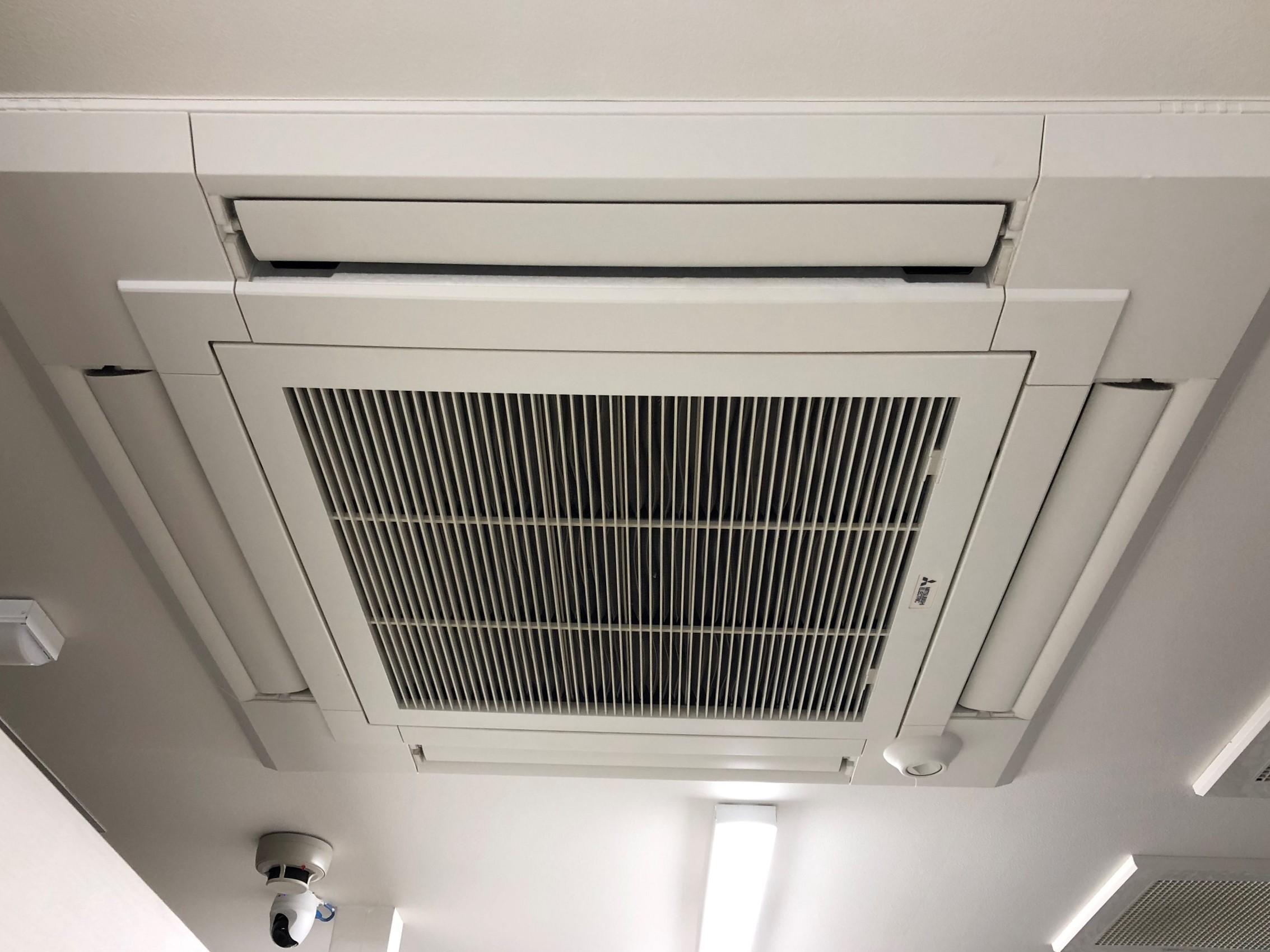 藤が丘店 エアコン装備