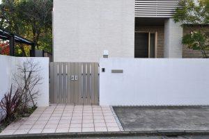 自宅の駐車場が狭いときの対処法を紹介!